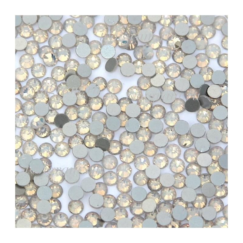 DMC SS06 - White Opal